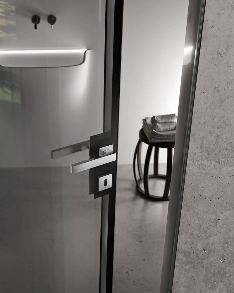 img_Design trasparente maniglia